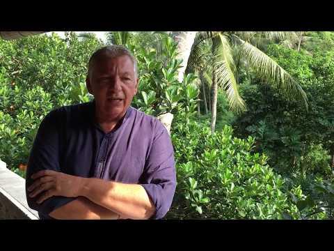 Le Québécois Claude Chouinard à Ubud, Bali