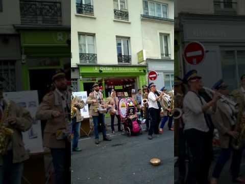 Rue Daguerre Flea Market Band Paris Oct. 2