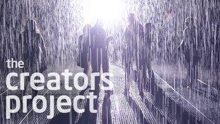 豪雨の中を濡れずに歩ける『Rain Room』を手掛けたアーティスト・グループ「rAndom International」