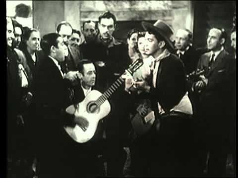 1941. Ni sangre, ni arena. Mario Moreno (Cantinflas)- CANTA EL NIÑO DEL BRILLANTE.00.avi
