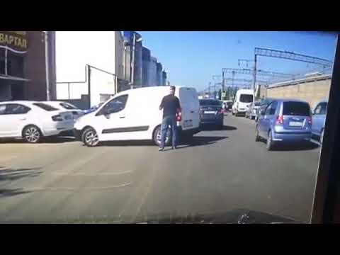 Авария в Краснодаре на улице Новороссийская