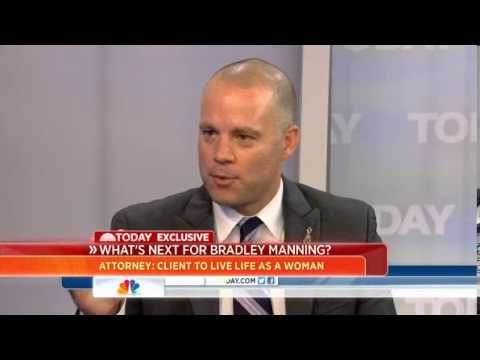 Manning Says He Wants To Live As Woman