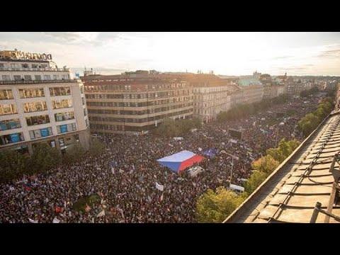 50.000 demonstrieren in Prag erneut gegen die Regierung