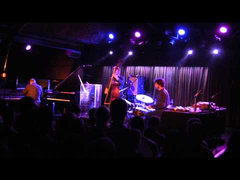 Medeski Martin and Wood - Live at The Belly Up - 2013-04-27 - Set 1, Track 1
