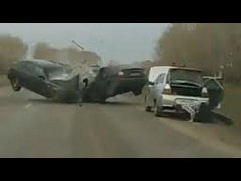 Подборка страшных аварий ДТП -  Scariest Car Accidents 2013
