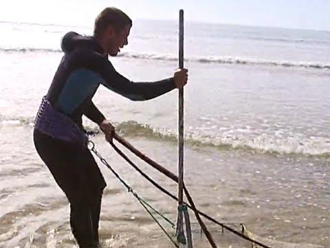 El Arte del Marisqueo de la coquina en Isla Cristina.