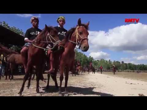 Parade 1001 Kuda