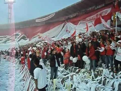 SALE EL LEÓN - La Guardia Albi Roja Sur - Independiente Santa Fe