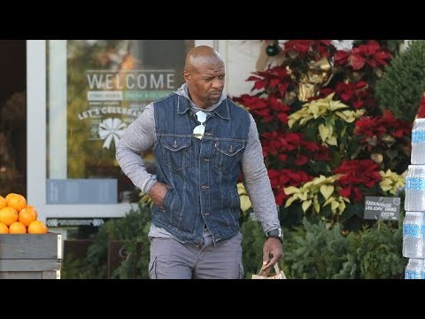 Terry Crews Forgets To Zip His Fly While Grabbing Groceries! EXCLUSIVE