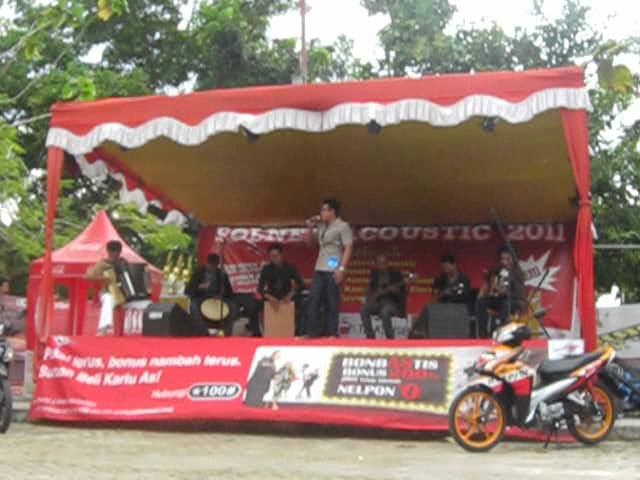 ford fiesta pontianak with Final Polnep Acoustic 2011 Pontianak Galaherang Lagu Daerah Kalbar on Pengumuman Pemenang Sync The Day additionally Final Polnep Acoustic 2011 Pontianak Galaherang Lagu Daerah Kalbar together with G gjmM4gA additionally Jual Velg Mobil Ring 16 together with 11623 2012 Ford Fiesta Trend 1 4 L At Tdp 12 Juta Bawa Balik Gan.