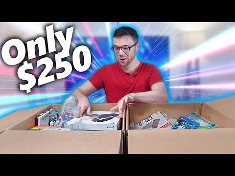 I Paid $250 for $1,932 Worth of MYSTERY TECH! Amazon Returns Pallet Unboxing! видео