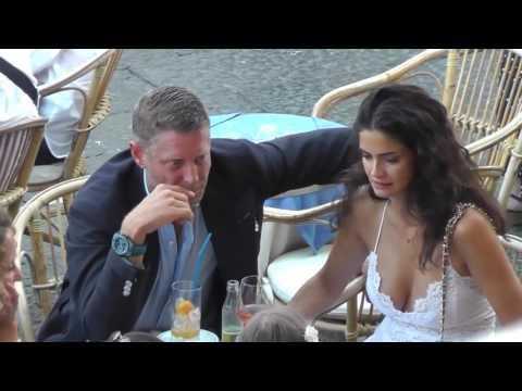 Lapo Elkann e Shermine Shahrivar: baci e tenerezze a Capri