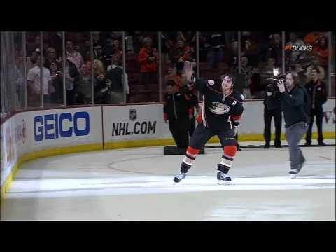 Teemu Selanne fan tribute. 1 April 2012 Edmonton Oilers vs Anaheim Ducks. NHL hockey
