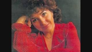 Lenita Gentil - Eles foram tão longe (1982) - YouTube
