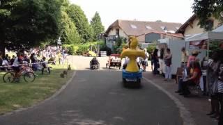Montigny Le Bretonneux France  City pictures : Course de voitures à pédales à Montigny le Bretonneux (championnat de France 2014)