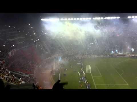 Video - PARA SER CAMPEON + PIROTECNIA - River Plate vs Atlético Nacional - Copa Sudamericana 2014   Campeon - Los Borrachos del Tablón - River Plate - Argentina