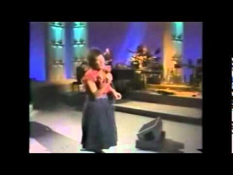 Tekst piosenki K.D. Lang - Angel with a Lariat po polsku