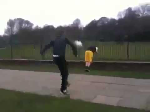 Funny Fail  Ball Owns Kid Юмор! Прикол! Смех (видео)