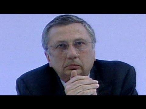Finmeccanica boss arrested over bribe allegations