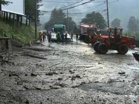 DN1 blocat de aluviuni