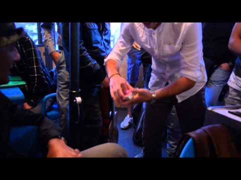Video SPECIALE Il giovane mago Gianluca all'Edicola Fiore