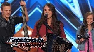"""Video The Willis Clan: Band of Siblings Impress With """"Sound of Music"""" Cover - America's Got Talent 2014 MP3, 3GP, MP4, WEBM, AVI, FLV Juli 2018"""