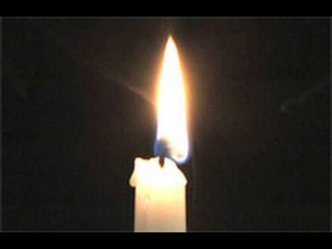 一個超神奇的玩火技巧,只需要蠟燭和打火機