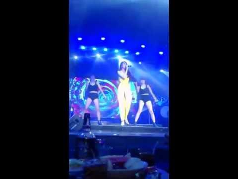 Thủy Tiên - XA MẤT RỒI LIVE 2015