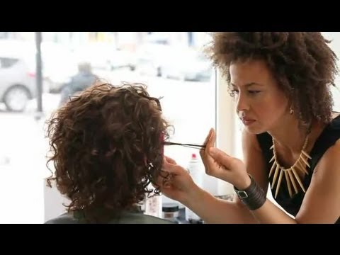 Short Hairstyles to Make Thin Hair Look Thicker : Short Hair Styling Tutorials