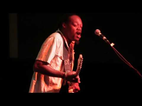 Superstition - by Eric Gales at the 2016 Dallas International Guitar Show