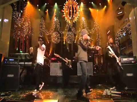 Eminem Feat Lil wayne - No love Live (видео)