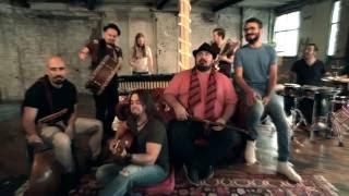 دانلود موزیک ویدیو شاپرک (با عجم) علی عظیمی