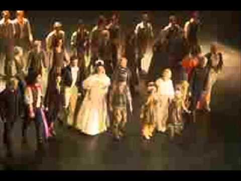Tekst piosenki Les Miserables - Kiedy kończy się dzień po polsku
