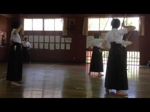 Naginata lesson Sumi sensei's wife (видео)