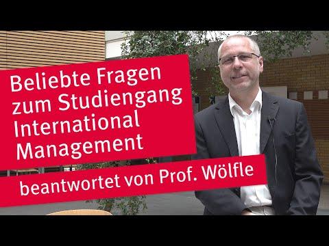 FAQ zum Studiengang International Management mit Prof. Wölfle