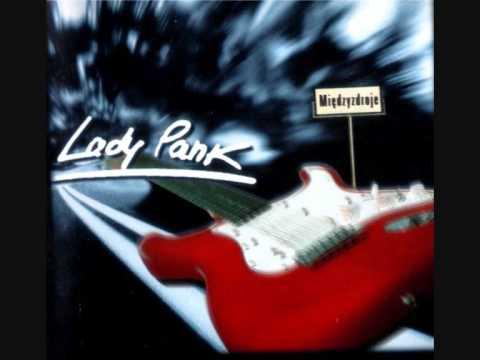 Tekst piosenki Lady Pank - Taka wyspa po polsku
