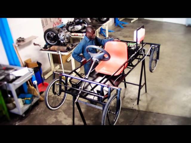 Quadriciclo a motore