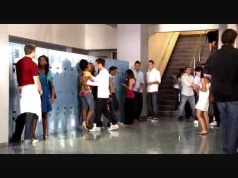 Top 16 des baisers de Cinéma & Série (видео)