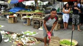Tarlac Philippines  city photo : Sunday shopping at the Wet Market in Tarlac City, Philippines