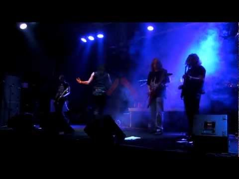 Wolfpit - Heart Blood (Live @ Zizers 2011)