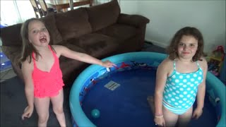 "Video 2 Swimming Pools In Our House! ""Victoria & Annabelle Toy Freaks"" MP3, 3GP, MP4, WEBM, AVI, FLV Oktober 2017"