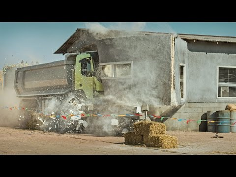 FourYearOld Sophia Drives a RemoteControlled HeavyDuty Volvo FMX Truck Through a Dangerous Obstacle