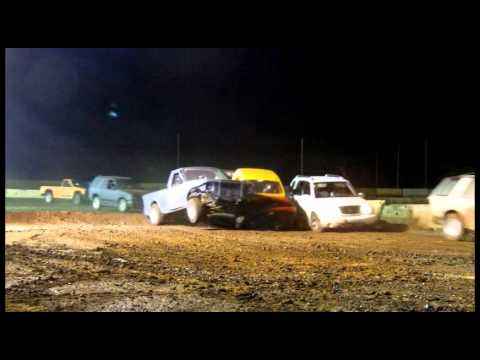 Kalaeloa Raceway Park - The Extreme Off-Road Event - Featuring Metal Mulisha