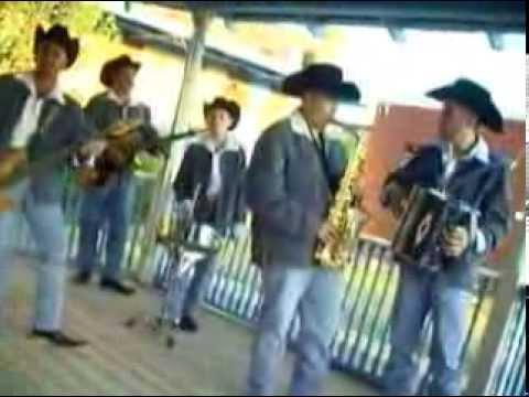 Los Potrillos de Chihuahua – Barrio Viejo