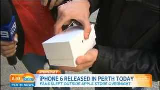 First iPhone 6 sold in Perth is dropped by kid during an interview - YouTube