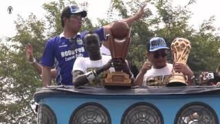 Video 151025 Kirab Persib Juara Piala Presiden 2015 MP3, 3GP, MP4, WEBM, AVI, FLV Januari 2019