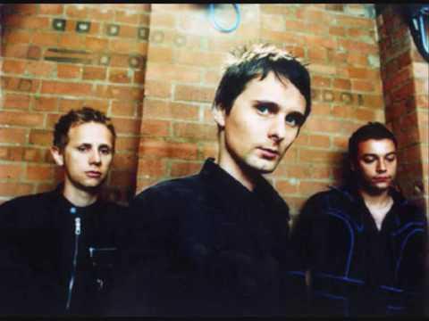 Tekst piosenki Muse - Razor blades po polsku