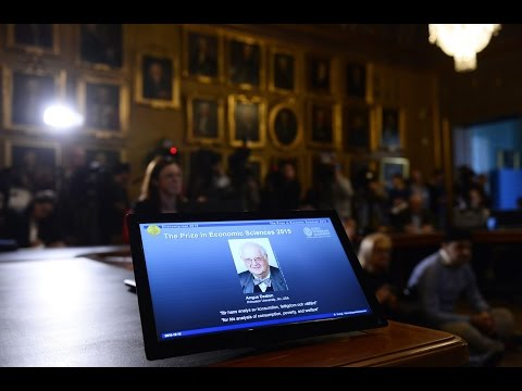 British economist Angus Deaton has won the 2015 Nobel Economics Prize.
