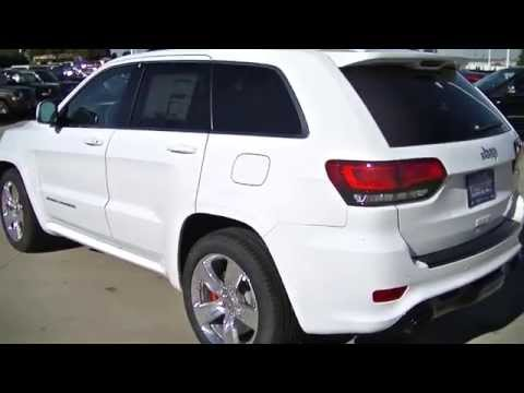 2015 Jeep Grand Cherokee SRT8 | Illinois Jeep Dealer | Roanoke Motors