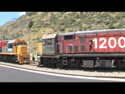 Kiwirail Dx with the Bankers